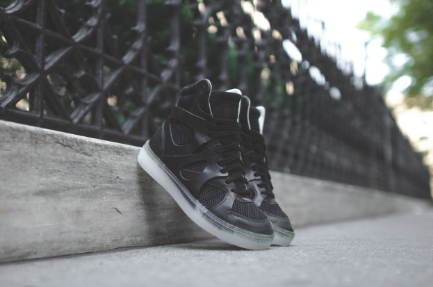 Puma x McQ WMNS Move Mid - Black